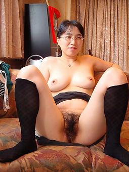 leafless asian ladies tease