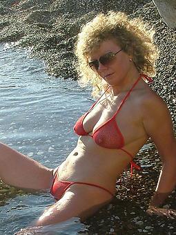 adult ladies nearby bikinis free porn pics