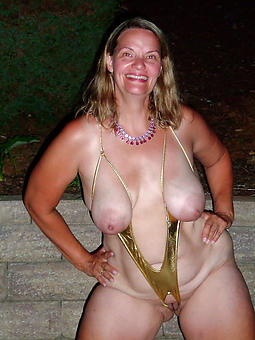 real hot mature ladies in bikinis pics