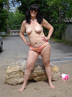 mammy in bikini sex pictures