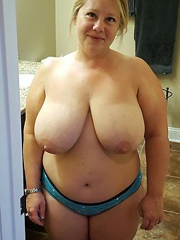 amature chubby of age lady