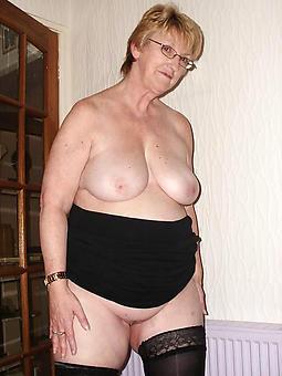 chubby ladies unconforming nude pics