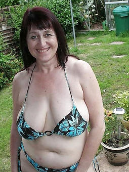 old lady cumshot stripping