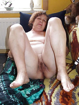 curvy mature lady feet pictures