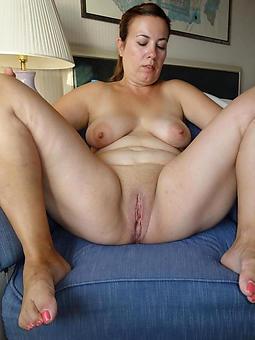 amature ladies feet porn pics