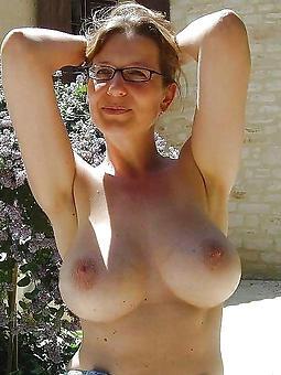 naked lady glasses unorthodox nude pics