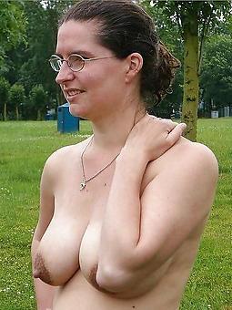 matures around glasses porn pic