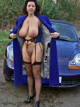 mature milf with respect to heels porn galleries