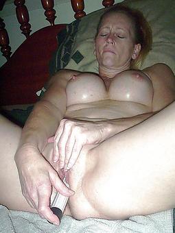 queasy ladies masturbating sexy porn pics