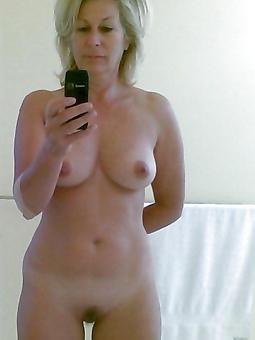 beautiful mature mom amateur milf pics