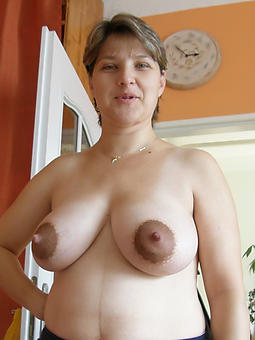 old lady nipples amature dealings pics