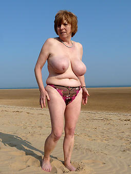 natural senior ladies in panties