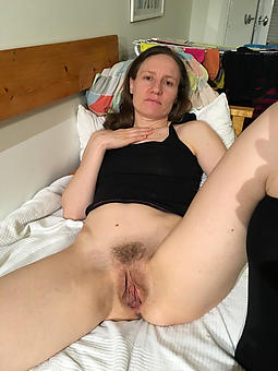 nude pictures of matured lady pussy