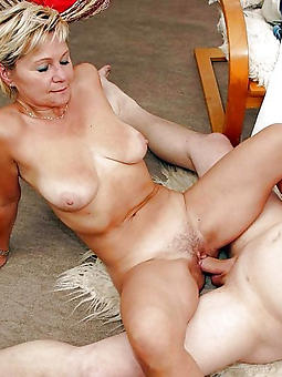 mature strata have sex pussy oral cavity