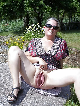 Amateur Upskirt Pics
