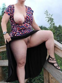 beautiful elderly lady upskirt pics