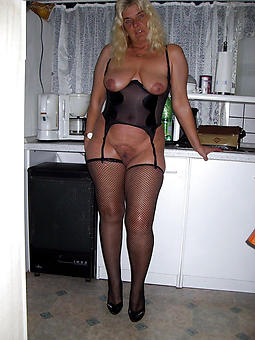 real mature lady almost stockings gallery