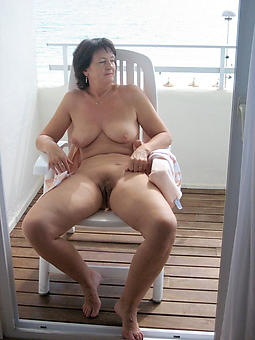 lead to old woman solo porn pictures