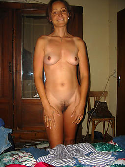 ladies with small tits amature porn