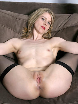 small titted mature porn pic