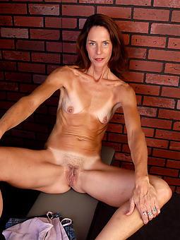 unshod skinny ladies porn pic