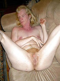 skinny mature moms free porn pics