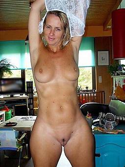 amature curvy ladies porn pictures