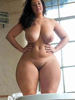 grown up curvy women and still sexy