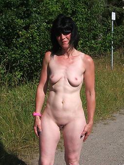 nude gentlemen outdoors amature sexual connection pics