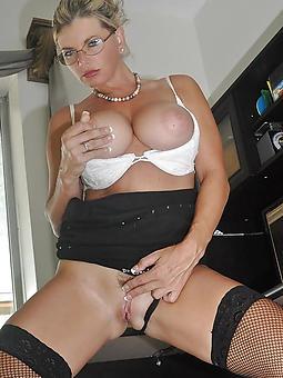 nice mature uk babes porn pics