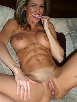 mature ladies pussy amature intercourse pics