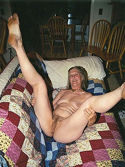 amature mature ladies frontier fingers nude pics