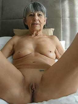porn pictures of nude older mom