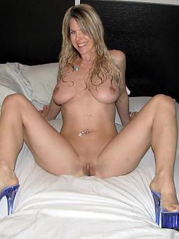 moms in heels nudes tumblr