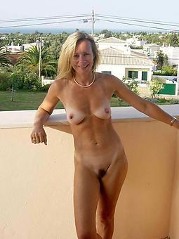 mature ladies solo amature dealings pics