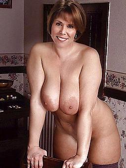 busty moms amature sex pics