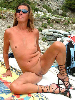 nice ladies with consolidated knockers hot pic