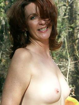 mom dispirited unconforming porn pics