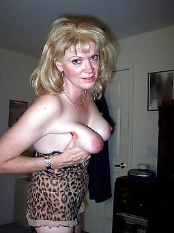 reality sexy mom pics
