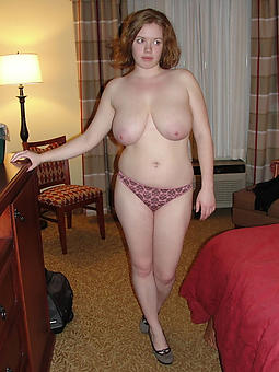luring busty mature mother