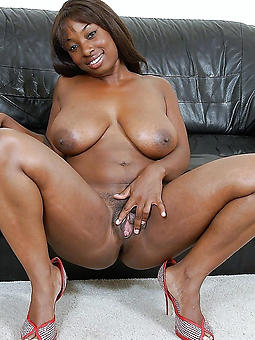 adult black moms stripping