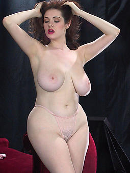 amature mature curvy women pictures