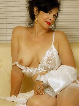 beautiful nude moms tumblr