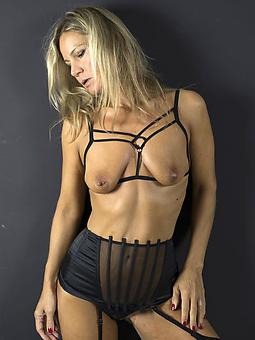 mature sexy women amature carnal knowledge pics