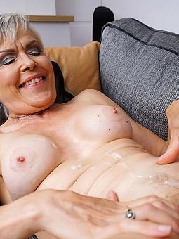 reality hot mama cumshot pics
