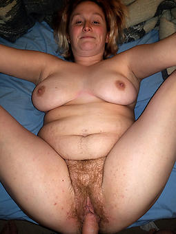 amature be captivated by a mature woman pics