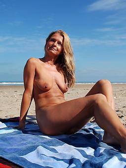 amature mature nude beach porn photos