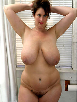 curvy busty mature photos