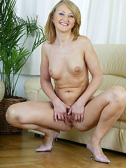 porn pictures of mature blonde busty