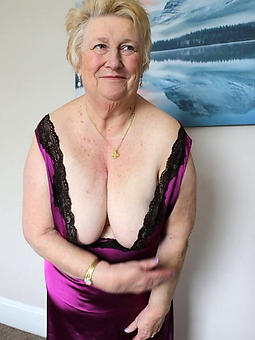 curvy naked ladies lack of restraint 60